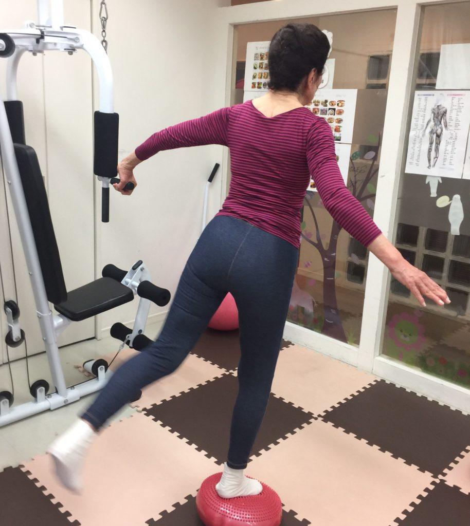 ロコモ予防、パーソナルトレーニングで楽しい運動
