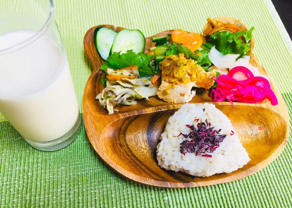 ダイエットのための朝ご飯。インストラクターの食生活を投稿しています。