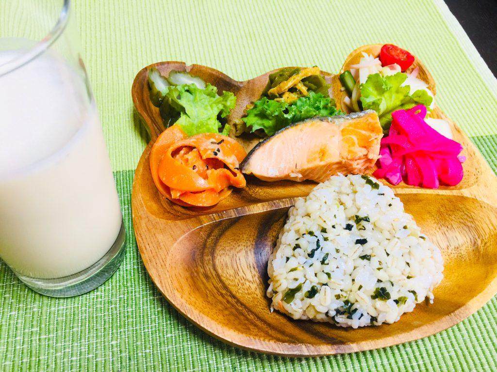 ダイエットインストラクターのヘルシー朝ご飯を公開します
